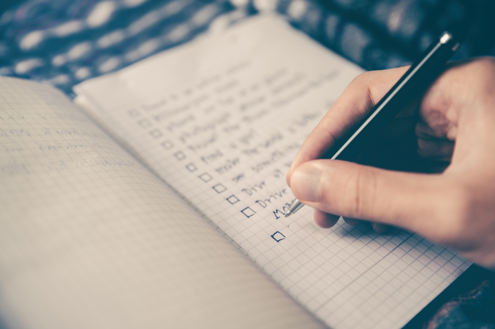使い終わった手帳や家計簿はいつまで取っておくべきか?